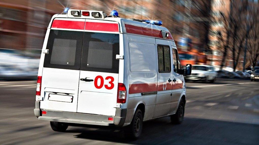 Китай подарил Украине 50 машин скорой помощи