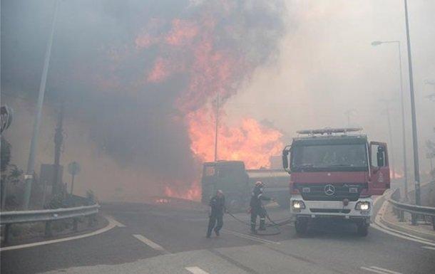 Власти Греции назвали причину массовых пожаров в стране