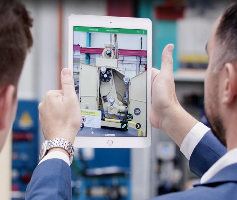 Schneider Electric переводит контроль предприятия в дополненную реальность