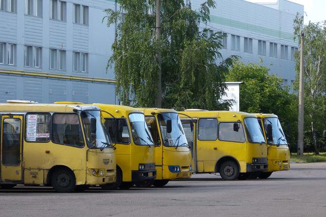 Треть общественного транспорта не имеет права выезжать на маршруты — Укртрансбезопасность