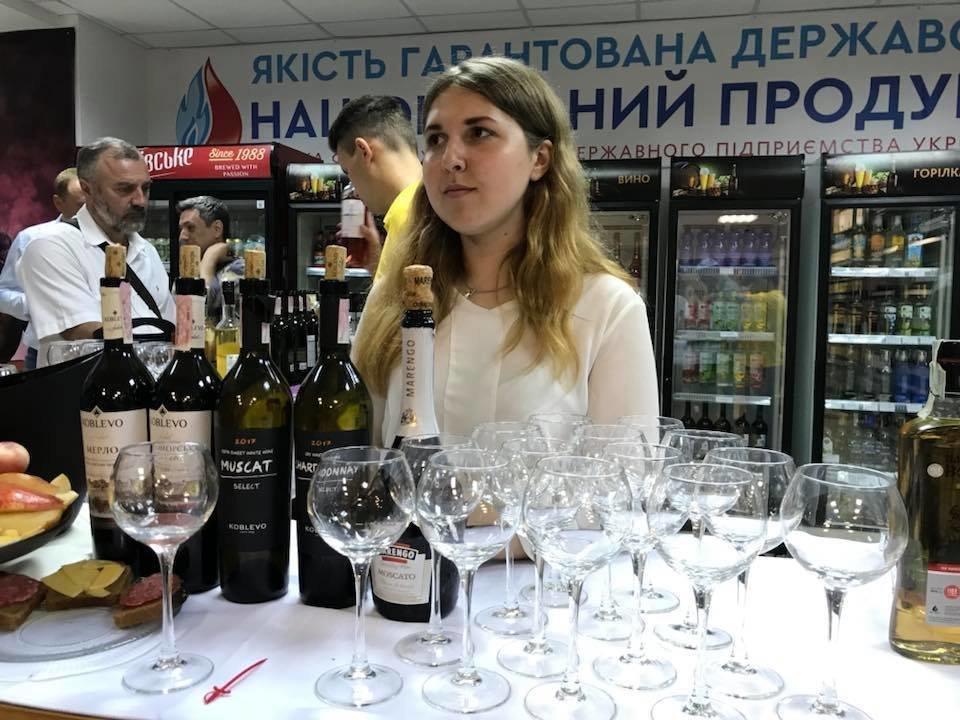 """""""Укрспирт"""" открыл сеть магазинов украинского алкоголя"""