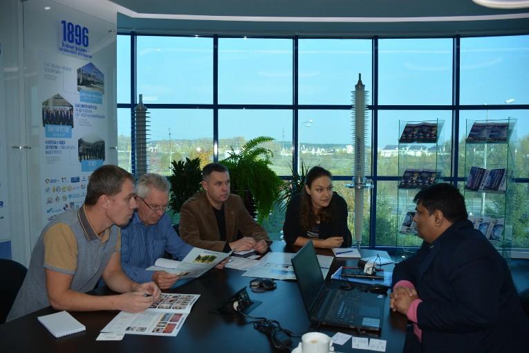 Завод «Изолятор» посетил представитель индийской электротехнической компании Modern Insulators Ltd..