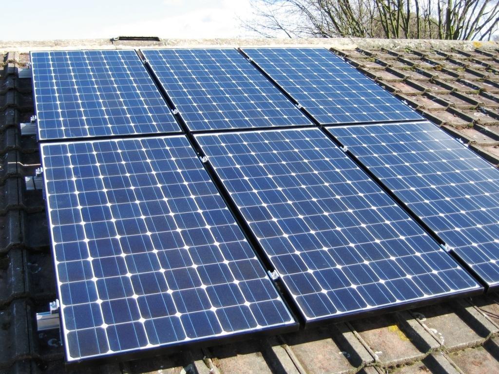 Клиенты ДТЭК за 9 месяцев на солнечных панелях заработали 33 млн грн