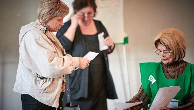 Во второй тур президентских выборов в Грузии выходят Зурабишвили и Вашадзе