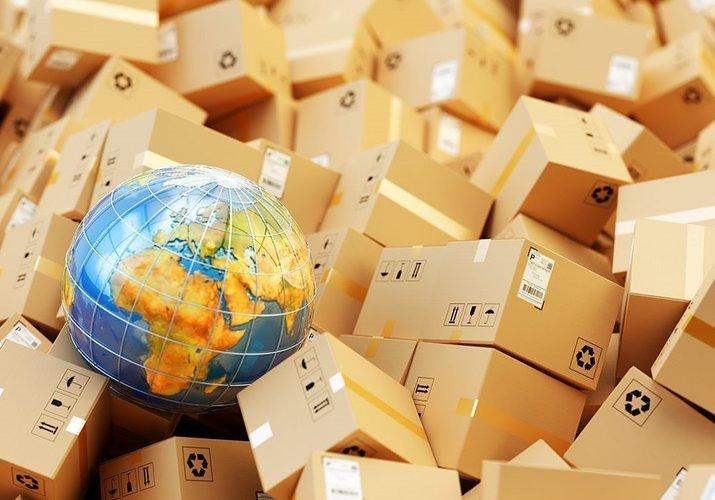 Депутаты обложили налогом посылки из-за границы дороже 100 евро