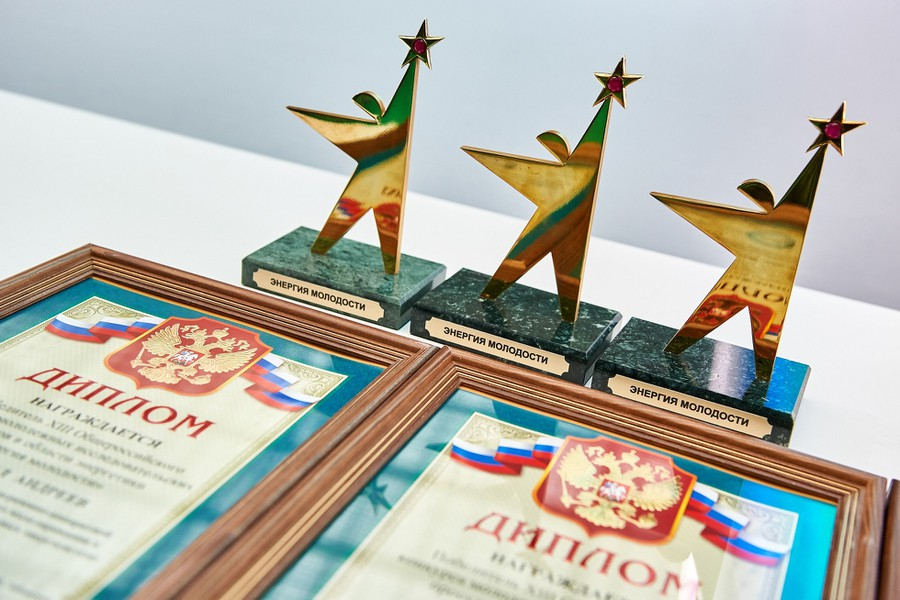 Трое молодых ученых из Москвы получат по 1 миллиону рублей