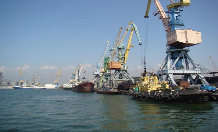 Движение судов через Керченский пролив возобновлено