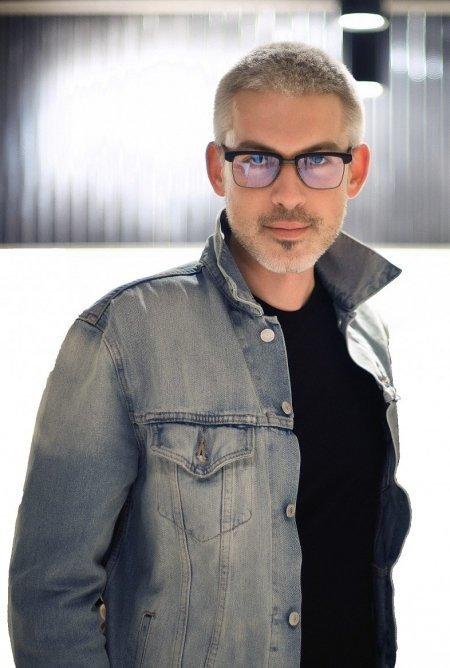 Украинский Vogue после скандала с плагиатом возглавил Филипп Власов