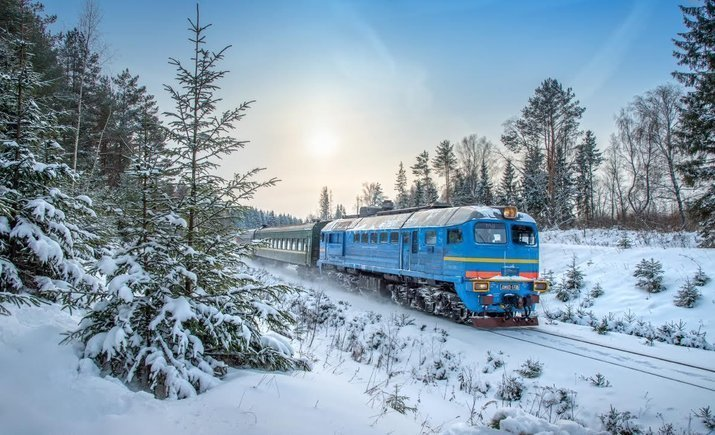 УЗ открыла продажи билетов на 5 дополнительных поездов на зимние праздники