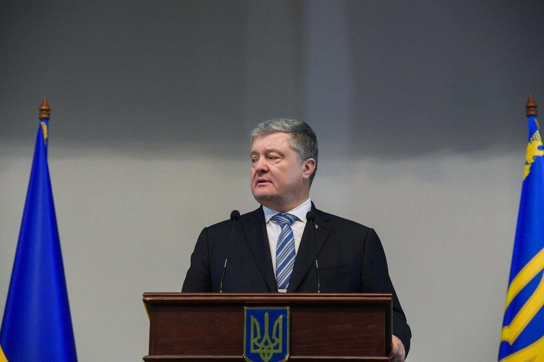 Зеленский может выиграть у Тимошенко во втором туре — соцопрос