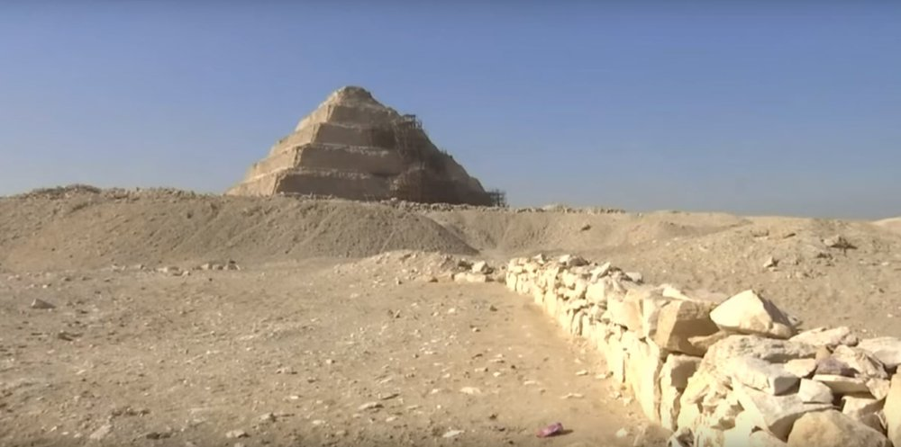 В Египте обнаружили нетронутую гробницу верховного жреца