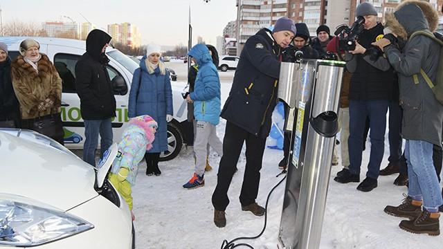 В Кузбассе открылась сеть заправочных станций для электромобилей
