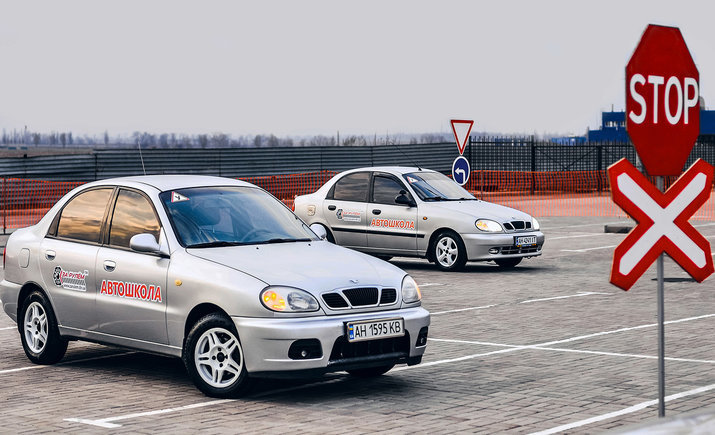 Экзамены на водительские права будут сдавать по-новому