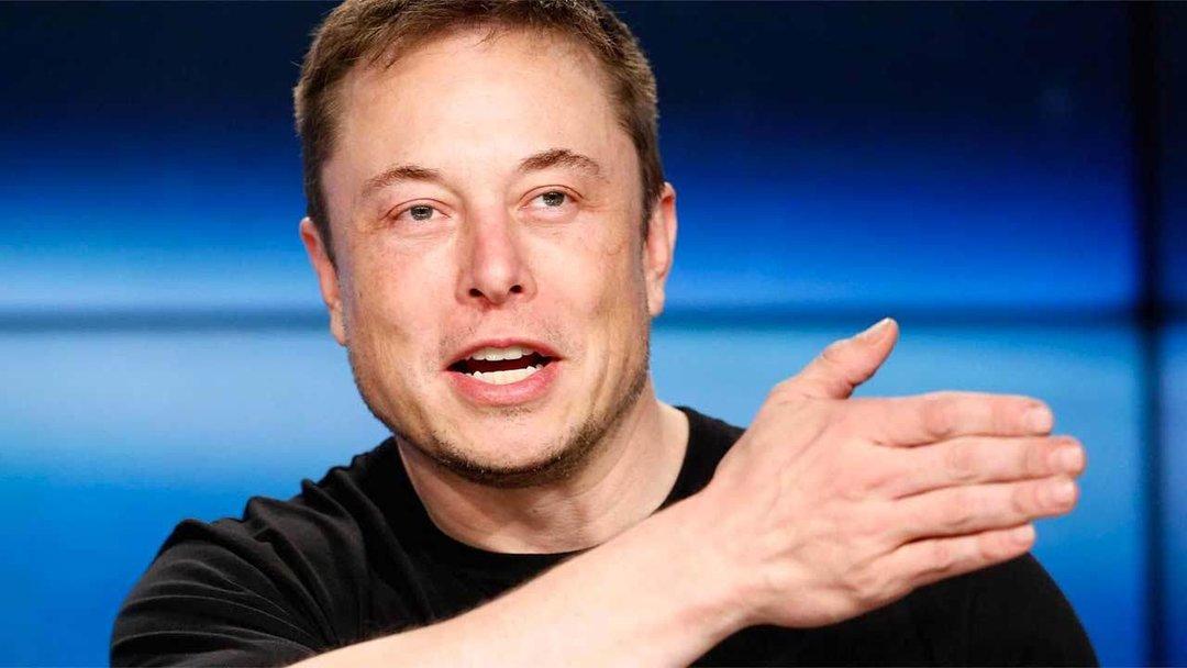 SpaceX Илона Маска увольняет 600 сотрудников
