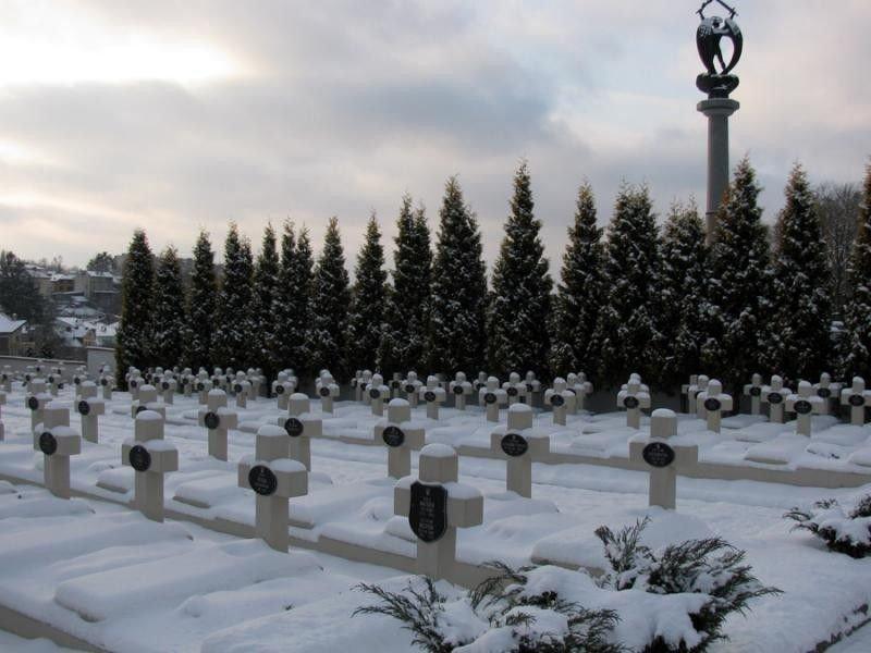 В Украине не хватает 550 новых кладбищ