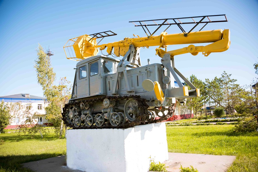 В числе экспонатов музея ячейка с выключателем образца 1931 года, а также трактор-телескоп, поступивший на баланс предприятия в год основания — 1964.