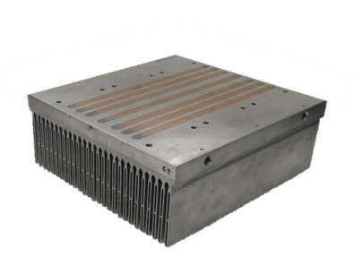 Встроенный Heat-Pipe от Mersen радиатор с воздушным охлаждением для электроники с высокой удельной мощностью