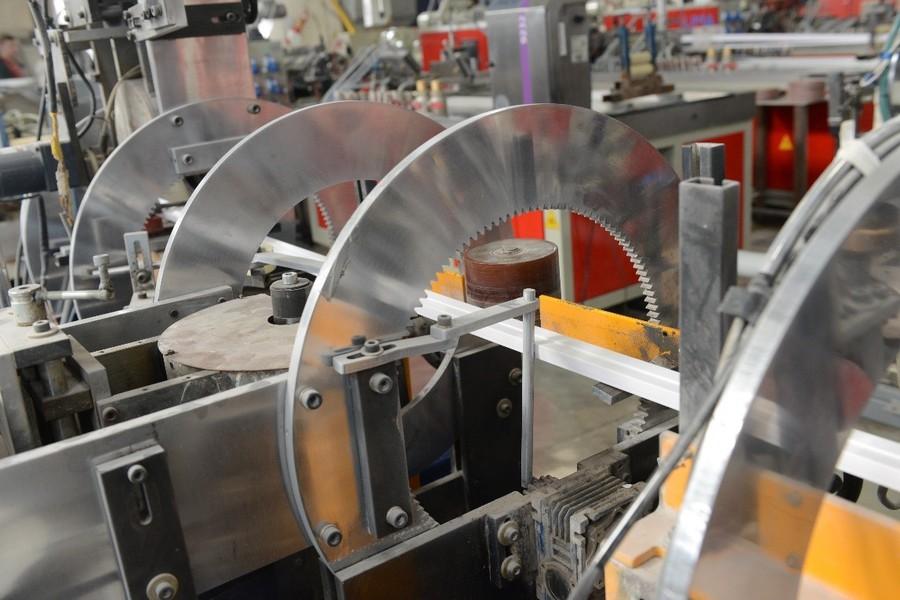 Компания внедряет современные технологии, инвестирует в развитие производства на территории России, реализует принципы импортозамещения