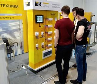 В экспозиции IEK GROUP общей площадью 54 кв. метра были представлены самые интересные предложения по всем направлениям работы компании
