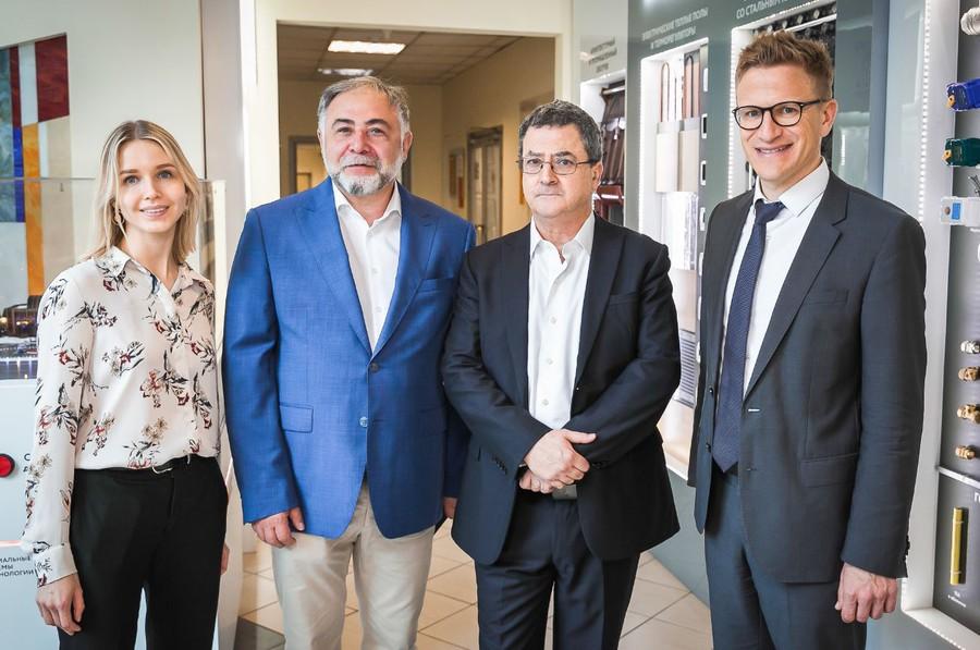 Посол швейцарской конфедерации в России посетил завод группы компаний «Специальные системы и технологии»