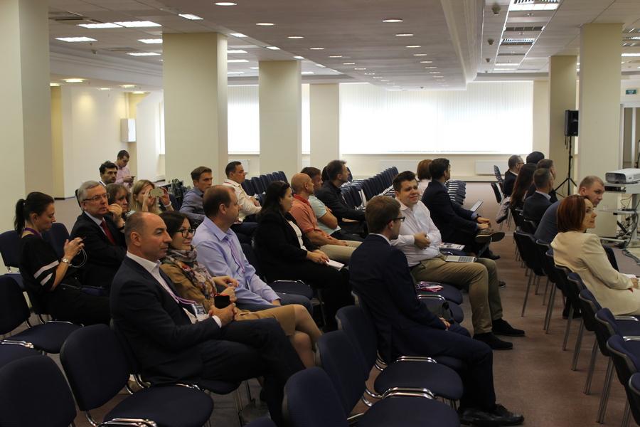 В конце обучающего форума гостям предоставилась возможность задать интересующие вопросы
