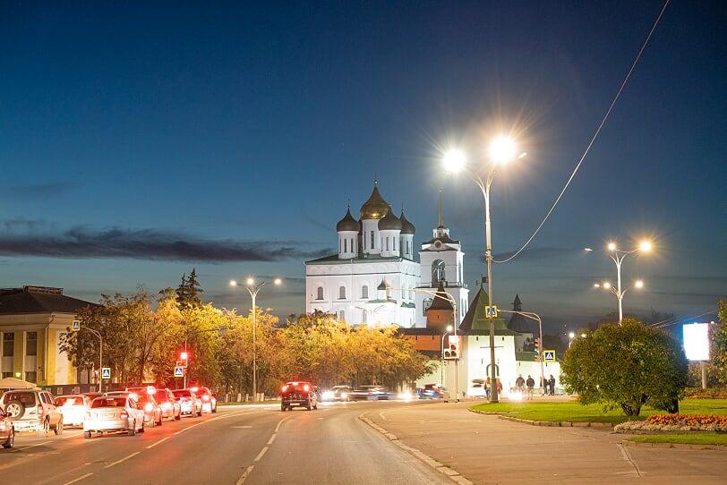Реконструкция городского освещения на базе решений Philips во Пскове
