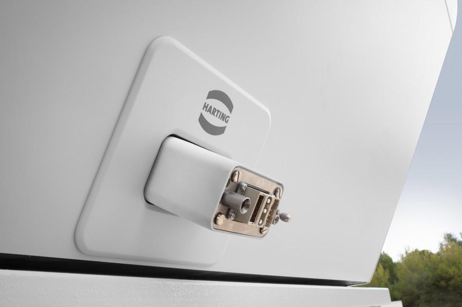 Технологии для соединений HARTING обеспечивают передачу электропитания, данных и сигналов для metroSNAP